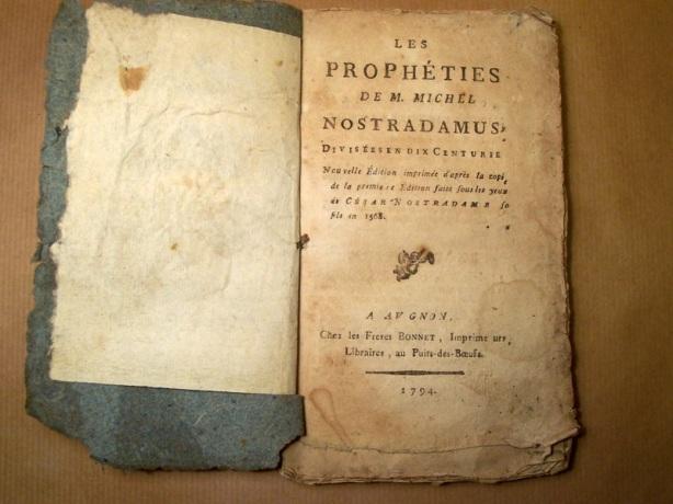 Buku Ramalan Nostradamus Les Prophéties